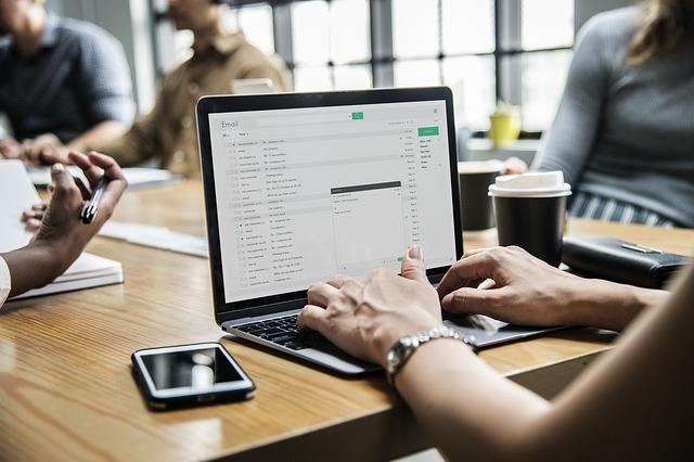 Jak skutecznei prowadzić sklep internetowy, aby przynosił zyski?